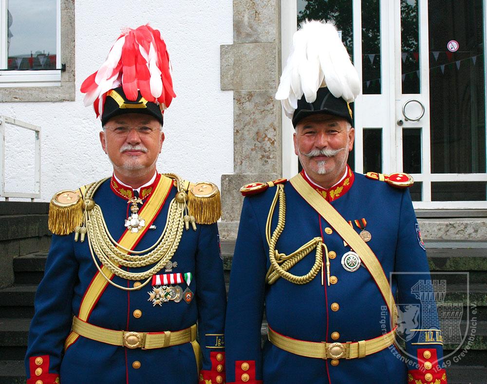Oberst Joachim Schwedhelm und Adjutant Georg Winkler
