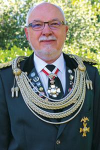 Ehrenoberst Joachim Schwedhelm.