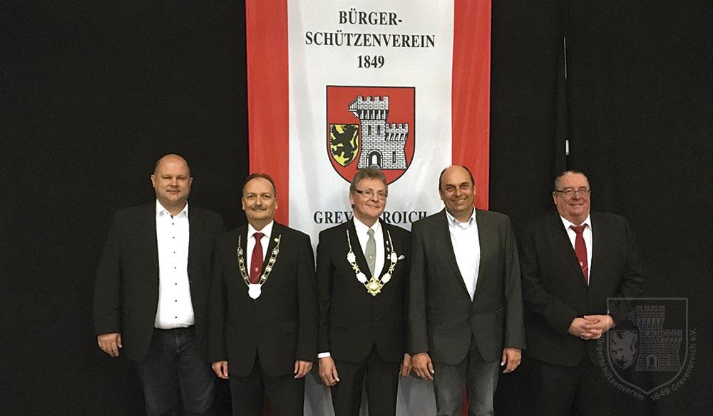 Der neue geschäftsführende Vorstand des BSV (v.l.): Schatzmeister Michael Fräßdorf, Oberst Stefan Sürth, Präsident Detlef Bley, Vize Victor Göbbels und Schriftführer Mario Straube.