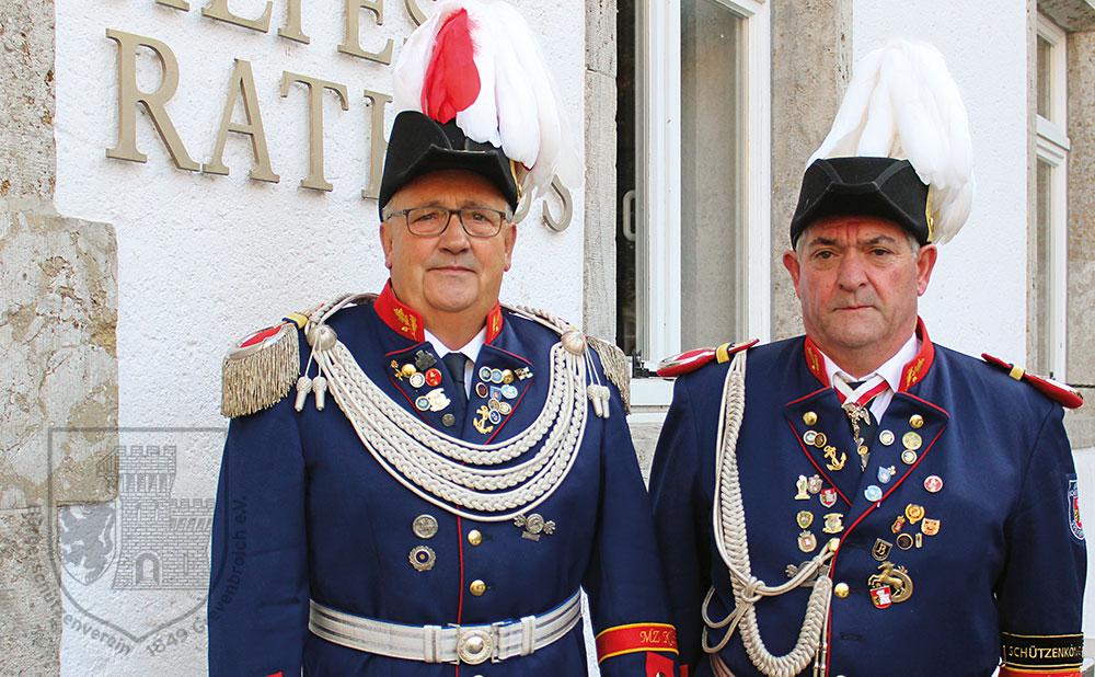 Grenadiermajor Ralf Stegers und Adjutant Antonio Aguilar.