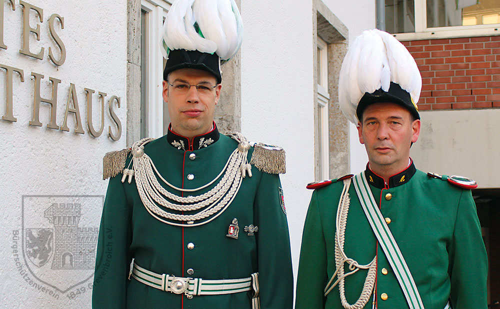 Jägermajor Franz-Josef Esser und Adjutant Berthold Holz.