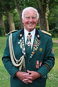 Alt-Ehrenoberst Willi Schäfer